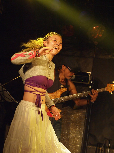 AKINOGI & Kasuga live session with Miro at Outbreak, Tokyo, 11 Dec 2011. 1-135