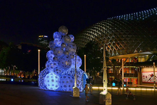 Christmas tree at Esplanade, Singapore
