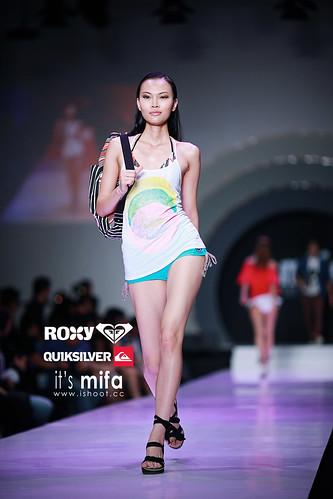 shirts runway bikini models MIFA Quiksilver & Roxy 053 ws prom dresss