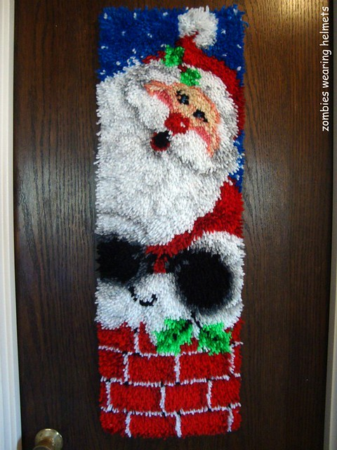 santa latch hook wall hanging