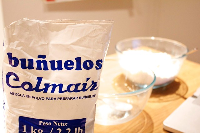 Colombian buñuelos mix