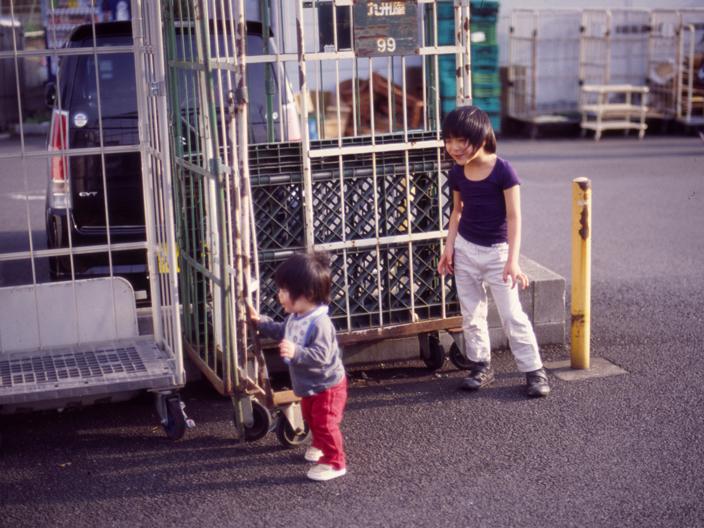 20120103_Nikon_FE2_Ai50mmF1.4_KODAK_E100G-7-06