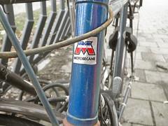 Motob�cane transfer (decal, d�calco), Amsterdam, Olympiaplein, 10-2011