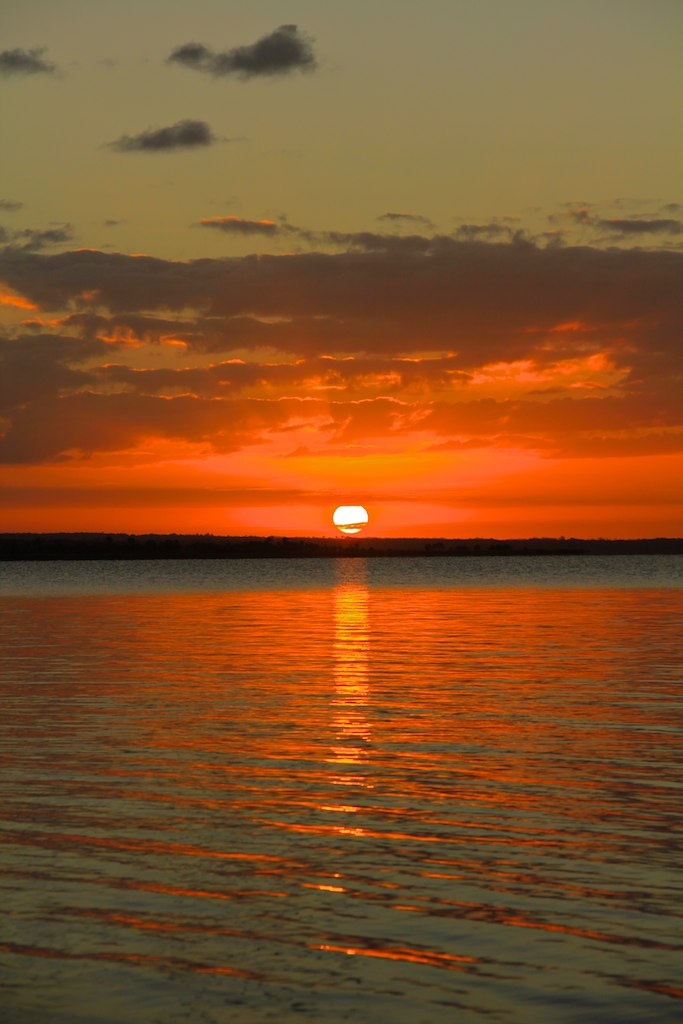 Sunset at Peten Itsa lake