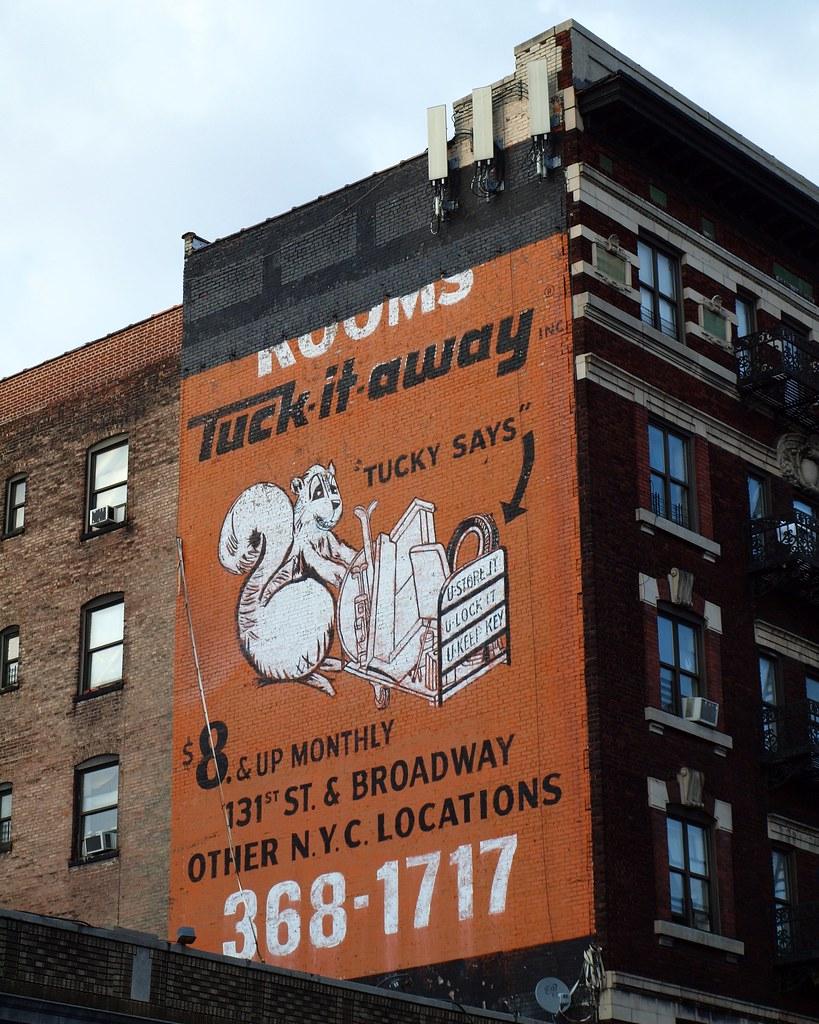 Charmant TUCK IT AWAY Storage Mural, Hamilton Heights, New York City