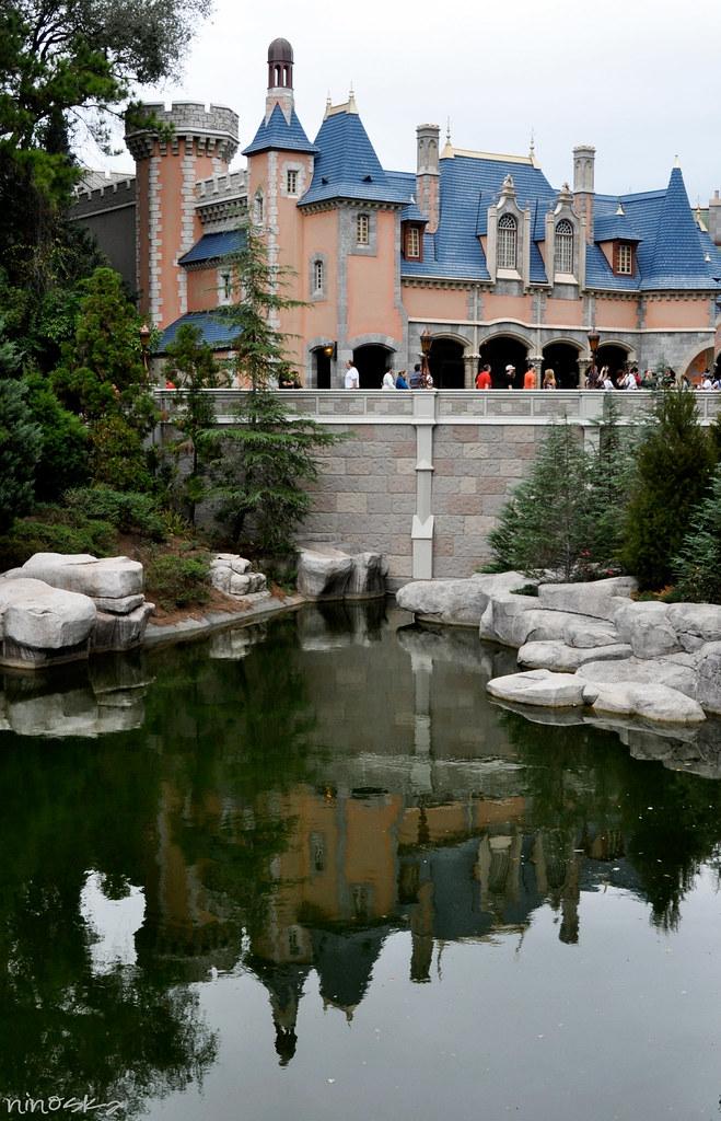 lateral-del-castillo-reflejo