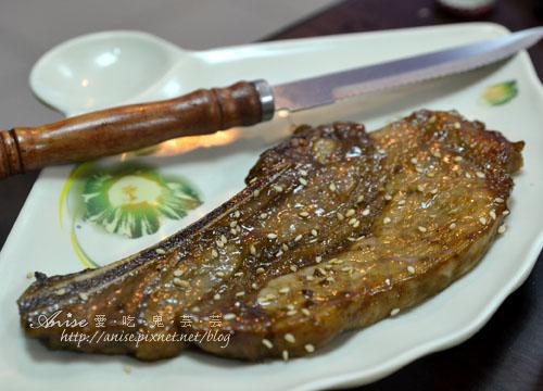 客滿燒肉串燒火鍋031.jpg