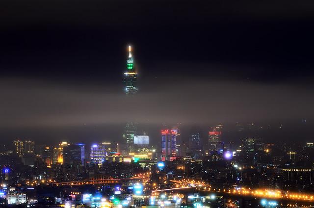 2012.01.12 台北 / 碧山巖