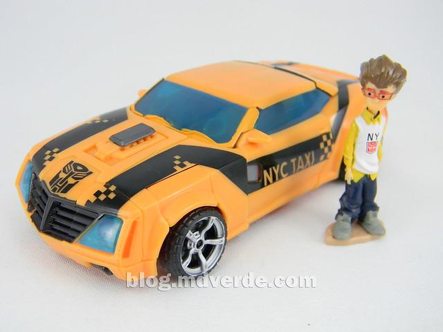 Transformers Bumblebee Deluxe - Transformers Prime - modo alterno