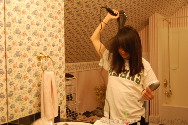 drying hair with hana