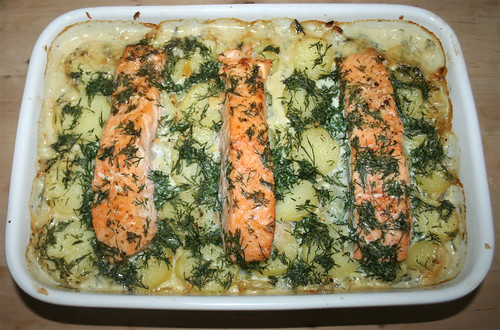 39 - Spitzkohlauflauf mit Lachs / Pointed cabbage casserole with salmon - Fertig gebacken