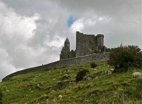 The Rock of Cashel 01