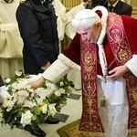 Santo Padre bendice corderos
