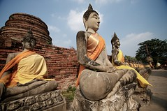 Buddha Images around Chedi