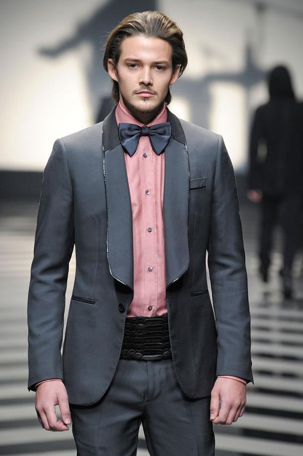 Rob Moore3354_FW12 Milan Roberto Cavalli(fashionising.com)