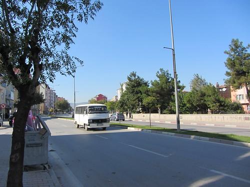 Balikesir: dolmus on Dr. Ahmet Toprak Caddesi