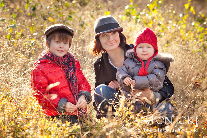 Autumn family session at the lake