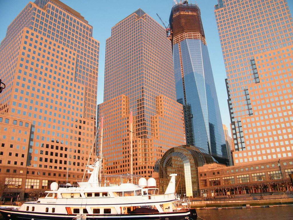 صور مبنى مركز التجارة العالمي الجديد