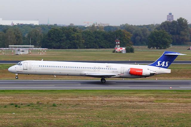 SAS - MD82 - SE-DIS (3.2)