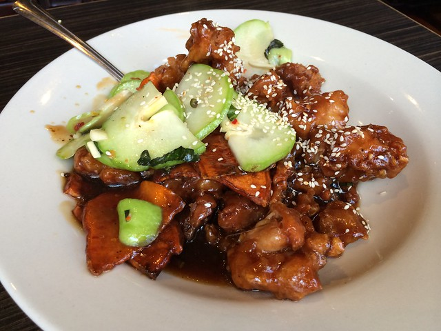 Nanking sesame chicken - House of Nanking