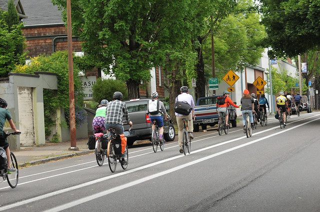 Bike traffic on N Williams Ave-8.jpg