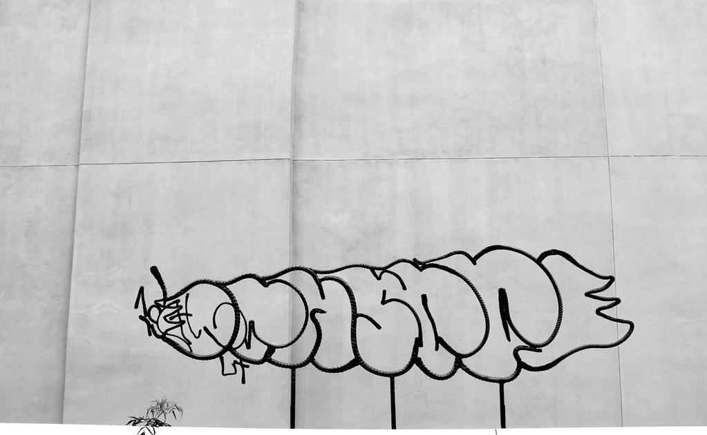 10.Graffitti Frame