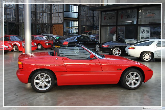 1989 1991 bmw z1 06 the bmw z1 was a two seat. Black Bedroom Furniture Sets. Home Design Ideas