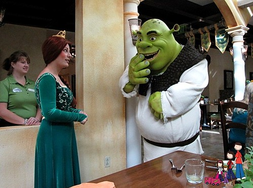 Shrek & Fiona Discuss Brenn'as Loose Tooth