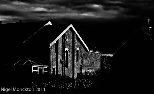 1000/660: 03 Dec 2011: Spooky by nmonckton