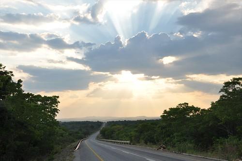 Road to Alto Molocue