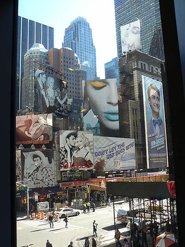 vue sur Times Square.jpg