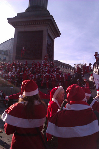 Santas around Nelsons Column