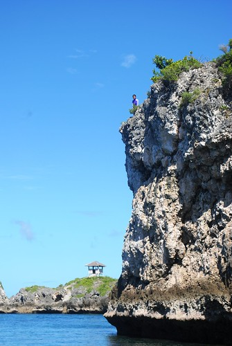 The Cliff in Malapascua Photo by Chino of Juanderful Pinoy