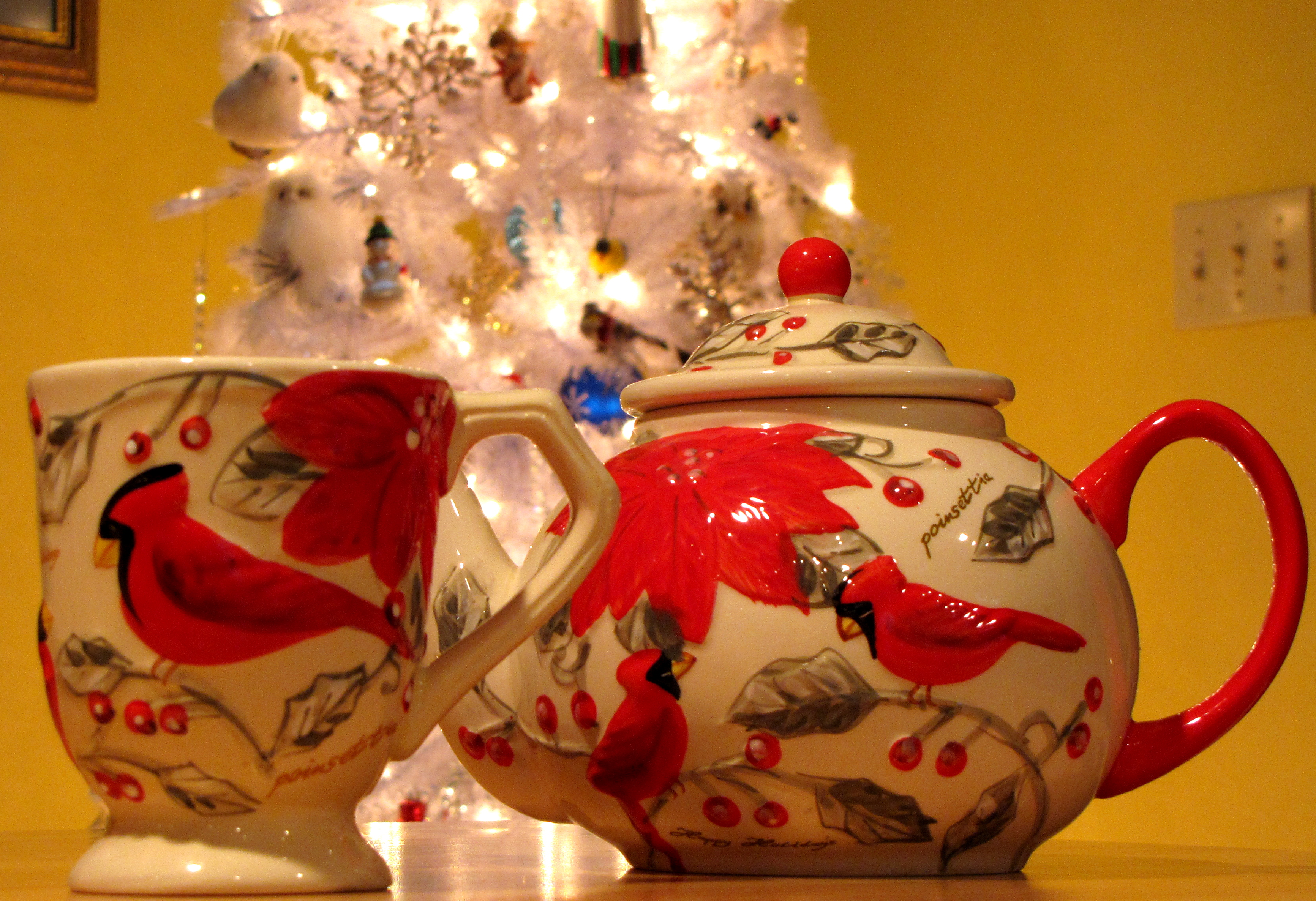 Christmas Cardinal Teapot and Mug