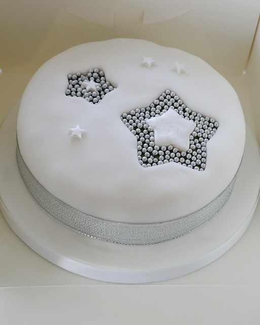 Cake Decorating Ideas Stars : Star Christmas Cake Flickr - Photo Sharing!