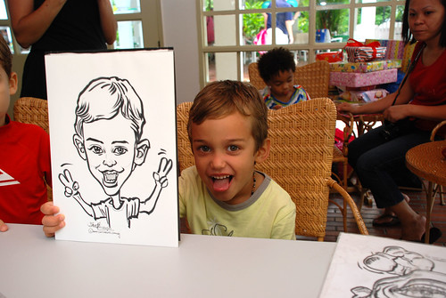 caricature live sketching for children birthday party 08 Oct 2011 - 15