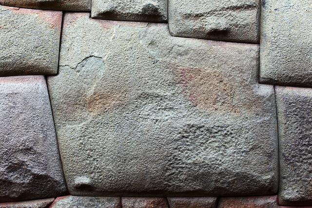 Twelve-sided stone