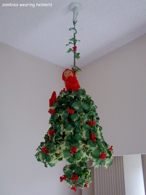 xmas holly elf bell