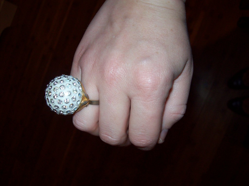 vintage ring via flea market