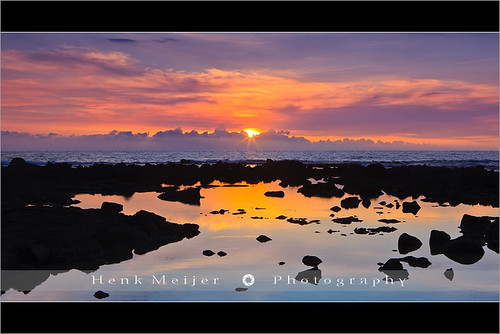 ocean blue sunset sea usa cloud seascape color tourism water colors rock stone clouds america canon landscape island hawaii lava big rocks view state pacific stones postcard smooth romance postcards fields states bigisland 50 viewpoint meijer henk eveninglight warmcolours hawaii50 floydian proframe proframephotography canoneos1dsmarkiii henkmeijer