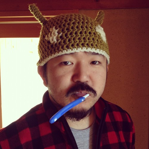 toothbrushing @nobsato in android knitted cap.