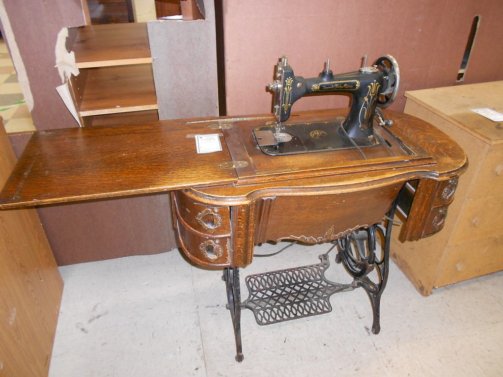 antique sewing machine values