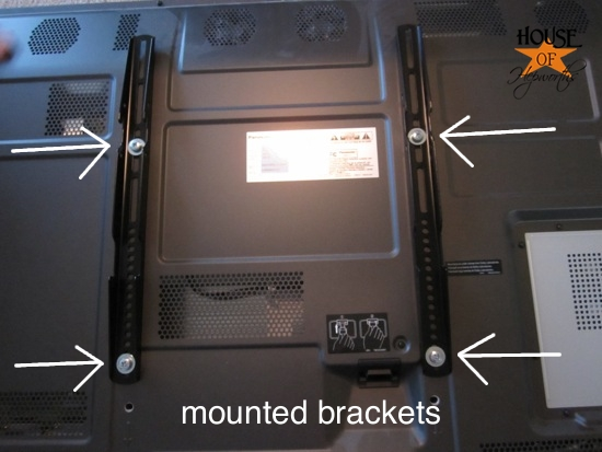 how to connect tv to wall bracket