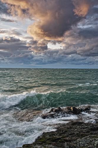 sky seascape ontario weather clouds evening rocks waves wind horizon greatlakes shore whitefishbay soo lakesuperior groscap princetownship gnd2h TGAM:photodesk=water2012 tgamwater