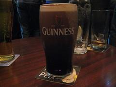ale(1.0), beer glass(1.0), stout(1.0), pint glass(1.0), distilled beverage(1.0), liqueur(1.0), beer cocktail(1.0), drink(1.0), pint (us)(1.0), beer(1.0), alcoholic beverage(1.0),