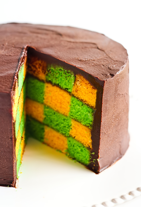 green_gold_checkerboard_cake-7