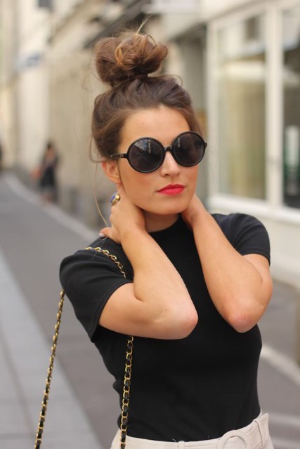 top bun and red lips