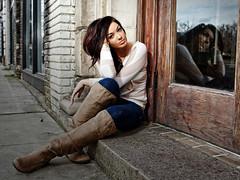 [フリー画像素材] 人物, 女性, 女性 - 座る, ジーンズ ID:201201291200