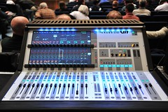 mixing console, electronic instrument,