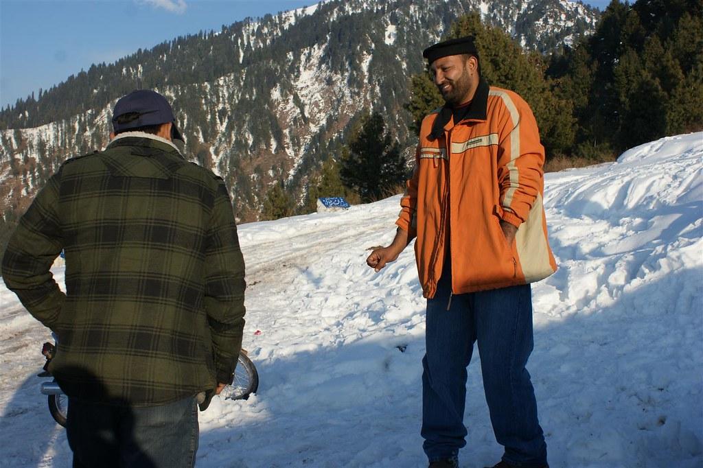 Muzaffarabad Jeep Club Snow Cross 2012 - 6796510123 f7ab0ee5d7 b